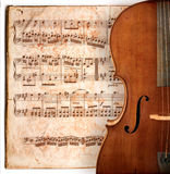 古色古香的大提琴 库存照片