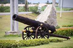古色古香的大炮 免版税图库摄影