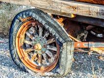 古色古香的平的木轮子 免版税库存照片