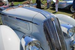 古色古香的意大利汽车前面细节 免版税图库摄影