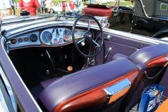 古色古香的意大利汽车客舱内部 免版税库存图片