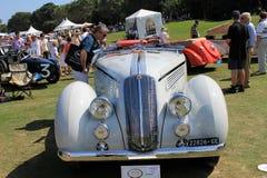 古色古香的意大利汽车正面图 免版税图库摄影