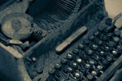 古色古香的手工打字机 免版税库存照片