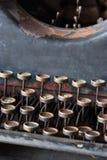 古色古香的打字机关键字 库存照片