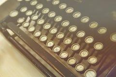 古色古香的打字机主题词 图库摄影