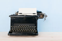 古色古香的打字机 图库摄影