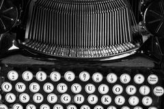 古色古香的打字机x 免版税库存照片