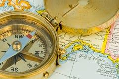 古色古香的指南针 免版税图库摄影