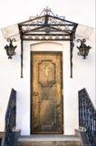 古色古香的教会门 库存图片