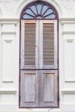 古色古香的木窗口 免版税库存照片