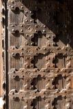 古色古香的木背景-教会门 免版税库存照片