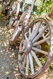 古色古香的木马车车轮新墨西哥 图库摄影