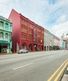 古色古香的样式shophouse大厦在唐人街在新加坡 免版税库存图片
