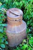 古色古香的水罐牛奶 免版税库存照片