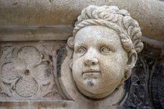 古色古香的浅浮雕,圣詹姆斯大教堂,希贝尼克 免版税库存图片