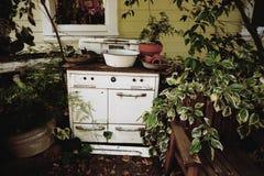 古色古香的火炉 免版税库存照片