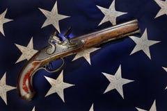 古色古香的燧发枪手枪 库存照片