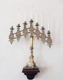 古色古香的犹太menorah和蜡烛 图库摄影