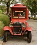 古色古香的玉米花卡车 免版税库存图片