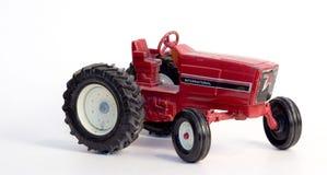 古色古香的玩具拖拉机 免版税库存照片