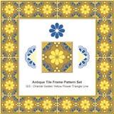 古色古香的瓦片框架样式set_323东方金黄黄色花三角线 免版税图库摄影