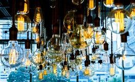 古色古香的电灯泡 免版税库存图片