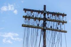 古色古香的电线杆 免版税库存图片