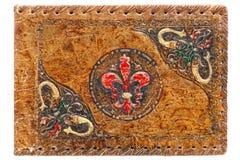 古色古香的盖子被绘的压印的日记帐皮革老 免版税库存照片