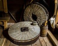 古色古香的磨石 免版税库存图片