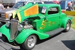 古色古香的福特旧车改装的高速马力汽车汽车 库存照片