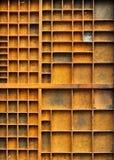 古色古香的空的模式纵向架子 免版税库存图片