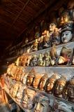 古色古香的纪念品待售在曼德勒,缅甸 库存照片