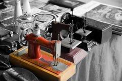 古色古香的缝纫机 库存图片