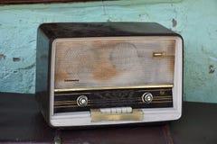古色古香的老收音机 库存照片