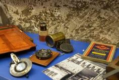 古色古香的考古学家的设备 免版税库存照片