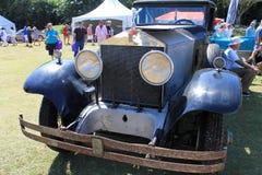 古色古香的英国汽车前面 免版税库存图片