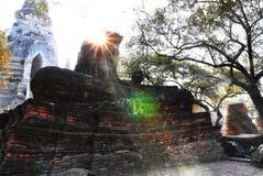 古色古香的菩萨在阿尤特拉利夫雷斯 免版税库存照片