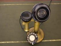 古色古香的葡萄酒电话 转台式电话 免版税库存图片
