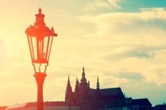 古色古香的街灯在布拉格 图库摄影