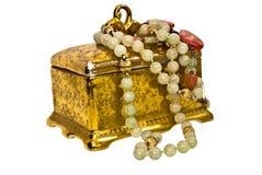 古色古香的配件箱人造珠宝 免版税库存图片