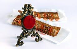 古色古香的针垫和刺绣 免版税库存图片