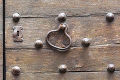 古色古香的门在托斯卡纳,意大利 库存照片