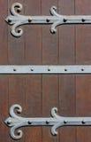 古色古香的门折页金属 免版税库存照片