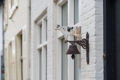 古色古香的门铃 免版税库存照片