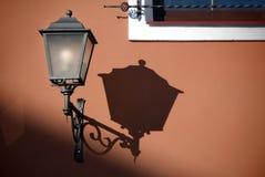 古色古香的闪亮指示街道 库存照片