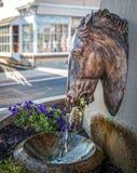 古色古香的马喷泉 库存图片