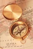 古色古香的黄铜指南针 图库摄影