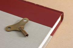 古色古香的黄铜络纱机关键字 库存照片