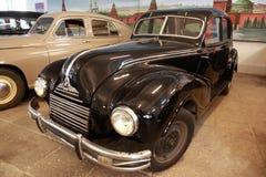 古色古香的黑色汽车mosfilm博物馆 免版税库存图片