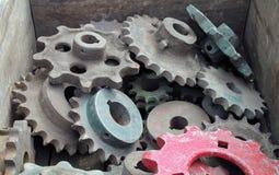 古色古香的齿轮和嵌齿轮 免版税库存照片